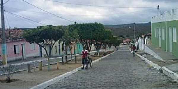 Valentim Distrito de Boa Nova-BA-Avenida principal-Foto:bomjesusnoticias.