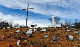 Serra Preta - Ao pé dá cruz, monte de Serra Preta - Foto Bruna