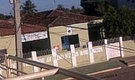 Sítio do Mato - Escola M. P. Avelino N. Rodrigues em Sítio do Mato-Foto:mabel