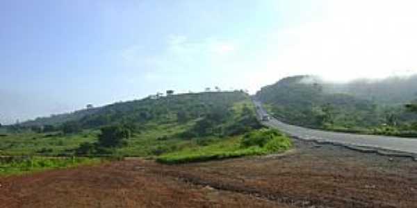 Sítio do Meio-BA-Estrada de acesso ao distrito-Foto:sitiodomeio.com.br