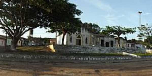 Sítio do Meio-BA-Igreja e Praça central-Foto:sitiodomeio.com.br
