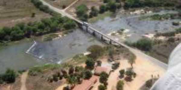 Ponte sobre Rio de cONTAS, Por Renata Gomes