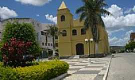 Tanhaçu - Praça e Igreja-Foto:fwelber
