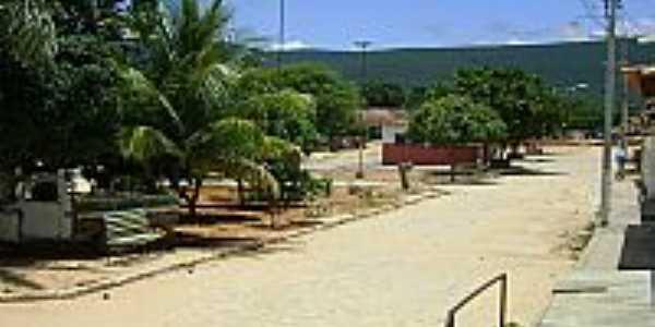 Tanhaçu-BA-Praça no Povoado de Laços-Foto:Engº Danilo Souza