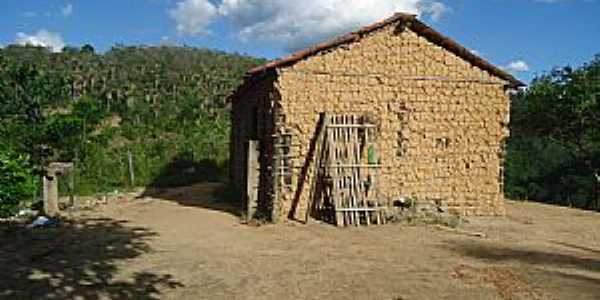 Tapiramut�-BA-Casebre em zona rural-Foto:Welle beu