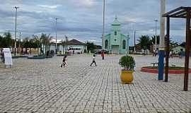 Taquarinha - Taquarinha-BA-Nova praça e a Igreja-Foto:rubemgama