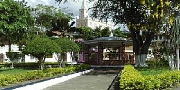 Ubaíra-BA-Praça central-Foto:Ubaíra Eventos