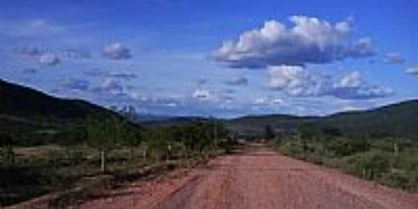 Estrada em Ubiracaba-BA-Foto:celiosl