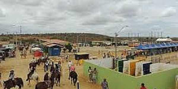 Ubiraitá-BA-Espaço de Eventos-Festa do Vaqueiro-Foto:www.flickr.com