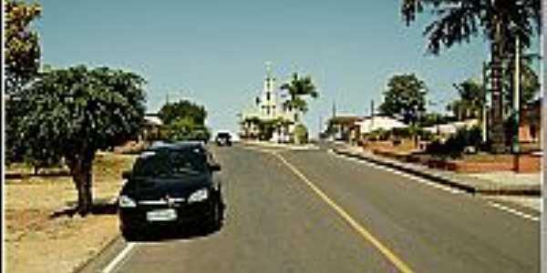 Vereda-BA-Avenida central e ao fundo a Igreja de São Sebastião-Foto:paroquiavereda