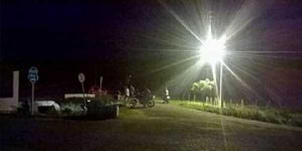 Abílio Martins-CE-Entrada da cidade com nova iluminação-Foto:Irmão Maurício-Facebook