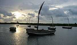Acaraú - Pôr do Sol às margens do Rio Acaraú em Acaraú-CE-Foto:erasmoandrade