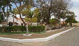 Acaraú - Praça Pe.Antônio Tomáz no centro de Acaraú-CE-Foto:erasmoandrade