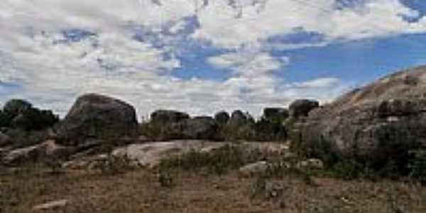 Maravilha-AL-Pedras no Sítio Arqueológico-Foto:Barco do espaço Leite