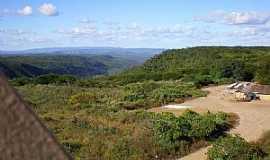 Aiuaba - Aiuába-CE-Serra dos Bois-Foto:Charliane