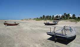 Almofala - Almofala-CE-Barcos à beira mar-Foto:Luiz Fabricio