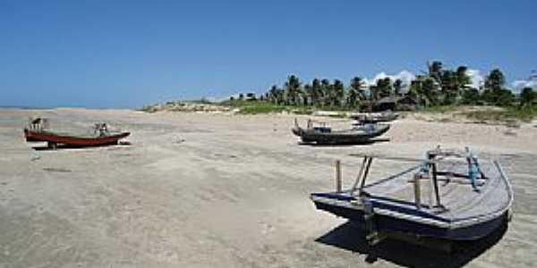 Almofala-CE-Barcos à beira mar-Foto:Luiz Fabricio