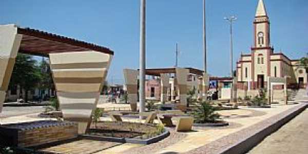Amaniutuba-CE-Praça e Igreja Matriz-Foto:jairogomes