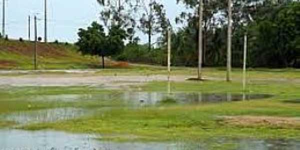 Amaniutuba-CE-Região próximo à cidade-Foto:lavrasnamidia.blogspot.com