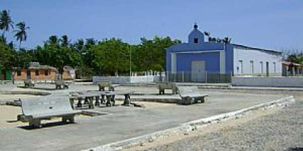 Amarelas-CE-Praça e Matriz na Comunidade-Foto:José Alberto Ribeiro
