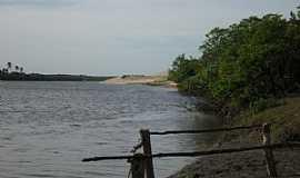 Amontada - Amontada-CE-Rio Aracatiaçu-Foto:meucadernodeviagem.
