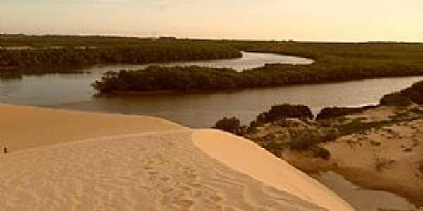 Amontada-CE-Dunas na Praia de Moitas-Foto:meucadernodeviagem.