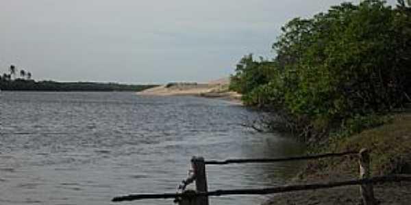 Amontada-CE-Rio Aracatiaçu-Foto:meucadernodeviagem.