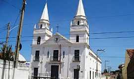 Aracati - Igreja Nosso Senhor do Bonfim. Construção de 1772. Aracati, Ceará - por Francisco Edson Mendonça Gomes