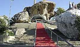 Aracatiaçu - Santuário de N. S. de Fátima em Aracatiaçu, por Danniel Duartte.