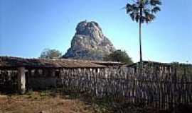 Aracoiaba - Imagem da Pedra Aguda em Aracoiaba-Foto:GVT postada por carlos blemar silvei�
