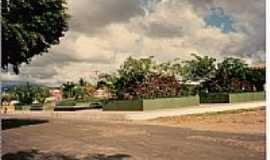 Aracoiaba - Pra�a na cidade de Aracoiaba-Foto:carlos blemar silvei�