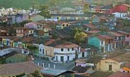 Aratuba - O colorido das casas em Aratuba, antiga Vila de Coit�-CE-Foto:JulioLima