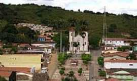 Aratuba - Pra�a e Igreja Matriz de Aratuba, antiga Vila de Coit�-CE-Foto: Gestar Aratuba