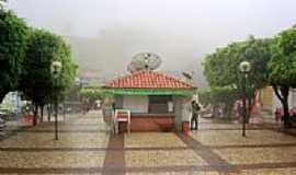 Aratuba - Quiosque na pra�a central em Aratuba, antiga Vila de Coit�-CE-Foto:juliolima
