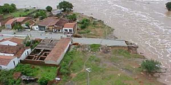 Arneiroz Ceará fonte: www.ferias.tur.br
