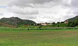 Baixa Grande - Vista do Distrito de Baixa Grande ao Longe, por Marcílio Gomes.
