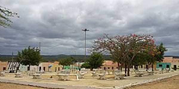 Barão de Aquiraz-CE-Praça no centro do Distrito-Foto:Thiago dos Passos