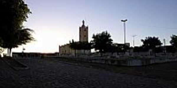 Praça e Igreja Matriz de Barão de Aquiraz-CE-Foto:Thiago dos Passos