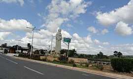 Barbalha - Barbalha-CE-Imagem de Santo Antônio na entrada da cidade-Foto:Walter Leite
