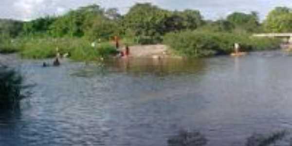 Encontro dos rios Inhu�u e Piaus, Por F. Jos�
