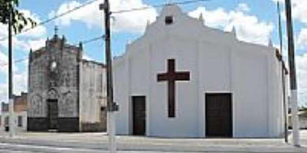 Capela Nova e Capela Velha de Barrento-Foto:Ivo Dias