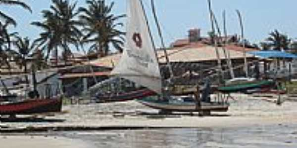 Barcos na Praia das Fontes em Beberibe-Foto:Isa Lanziani