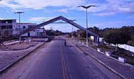 Bela Cruz - Bela Cruz-CE-Pórtico de entrada da cidade-Foto:Claudio Lima