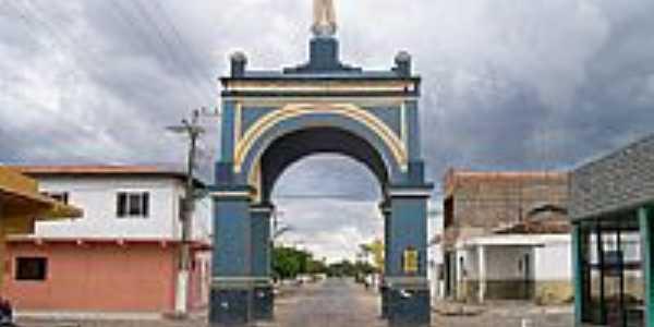 Bela Cruz-CE-Arco com a Imagem de N.Sra.de Fátima-Foto:Claudio Lima