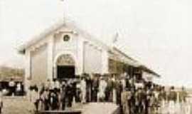 Caio Prado - A estação de Cangaty-hoje Caio Prado- no dia de sua inauguração em 1890-Foto:Autor desconhecido do site Estações Ferroviárias