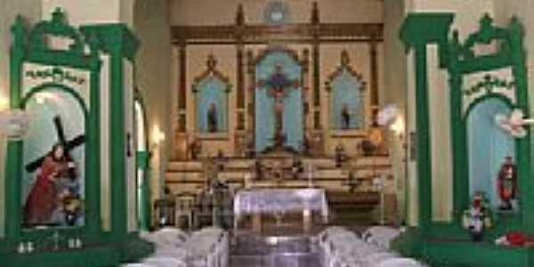 Interior da Capela de Caipu por Maurício Figueiredo
