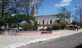 Campos Sales - Pra�a e lateral da Igreja de N.Sra.da Penha-Foto:andreapl
