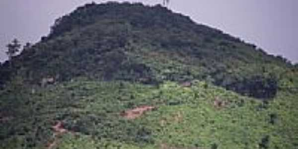 Vista da Serra do Cajuais em Capistrano-CE-Foto:zenandre