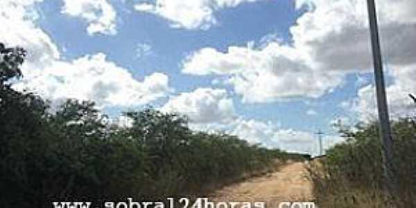 Caracará-CE-Estrada do Distrito-Foto:blogdoamauryalencar