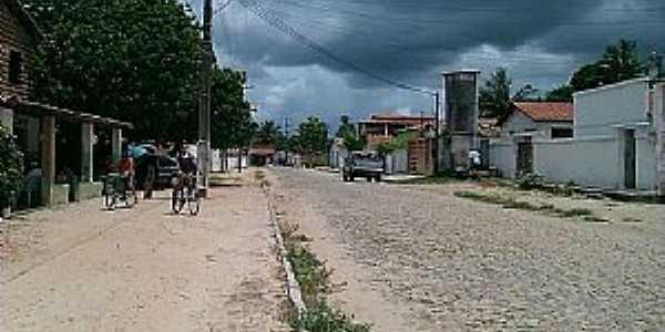 Caracará-CE-Rua no centro do distrito-Foto:Altamisantos